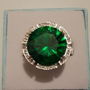 Emerald gemstone ring size 8 in 3/4 new